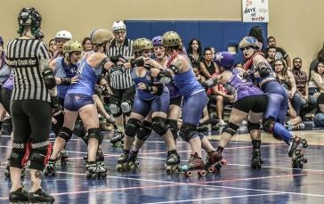 Texas Rollergirls - Honky Tonk Heartbreakers v. Hustlers